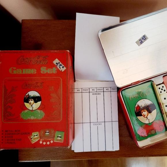 🦕3/$13 Vintage Coca-Cola Tin Card Game set